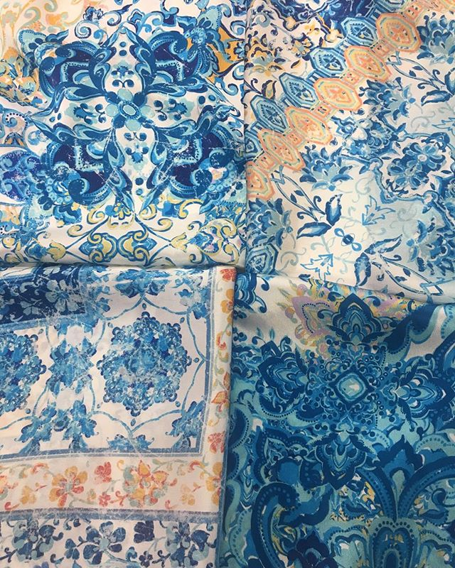 Floral medallions reminiscent of the Mediterranean . . If you would like to schedule an appointment to see our collection please email us at creativeservices@stylecouncil.com . . #prints #printdesign #textiledesign #digitalprints #garmentdistrict #textiledesignstudio