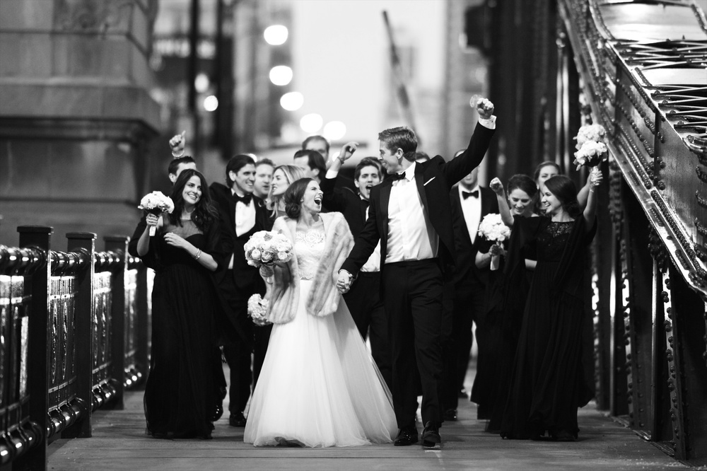 Wedding photos in downtown chicago.jpg