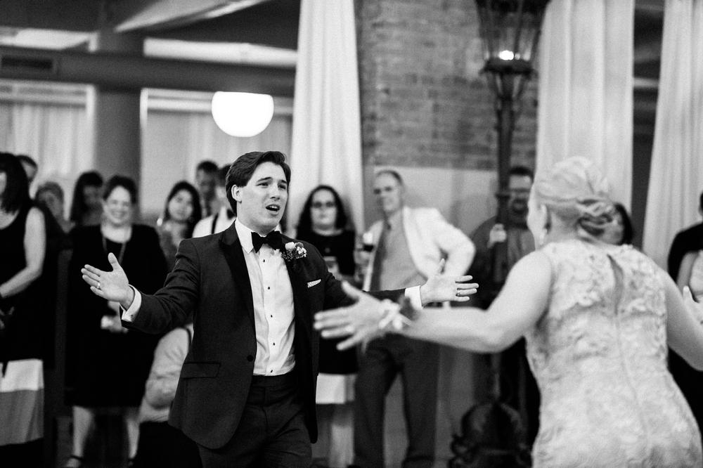 Mother of the Groom wedding photography