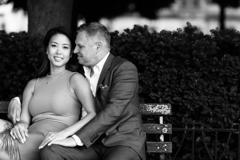 Engagement session at the Chicago art institute