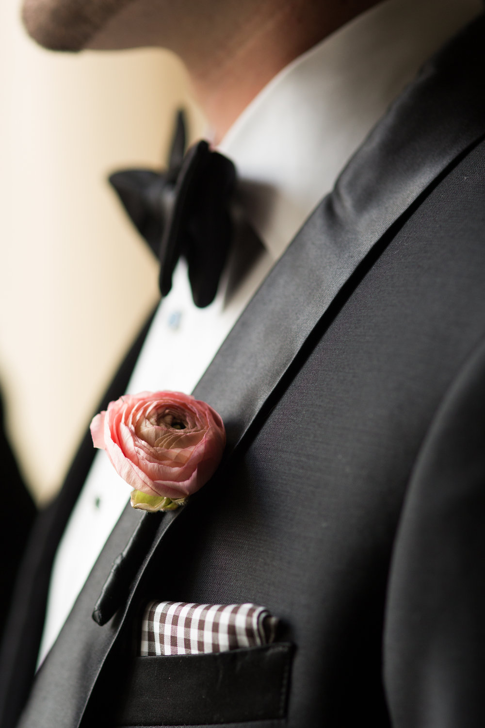 Groom details chicago photographer