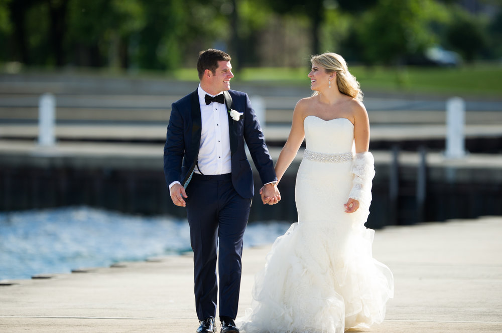 Bridal Portraits on the Lakefront in chicago