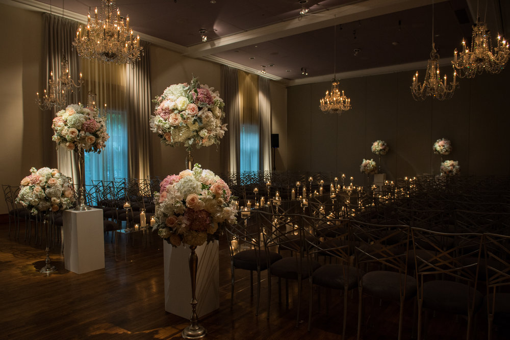 Wedding ceremony at Ivy Room Chicago by HMR Designs