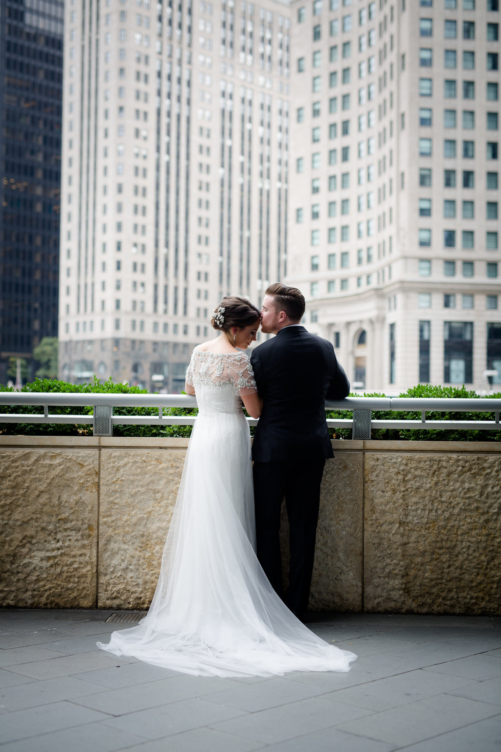 Wedding photo locations in Chicago