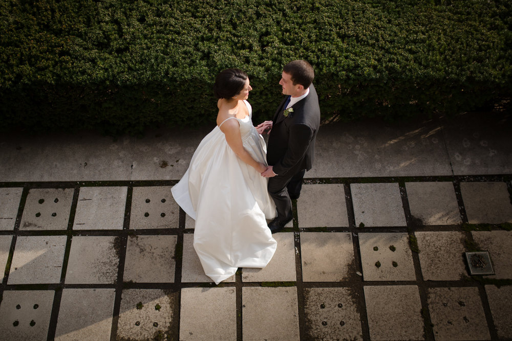 Documentary wedding photography of Morgan Manufacturing wedding in Chicago