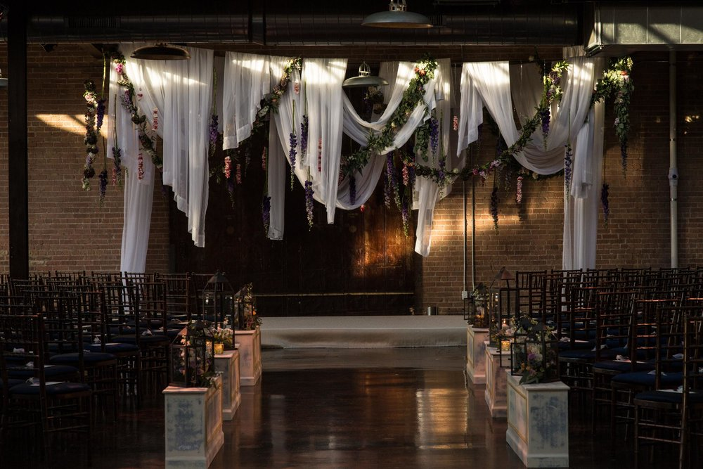 Urban Autumn wedding ceremony at Morgan Manufacturing in Chicago