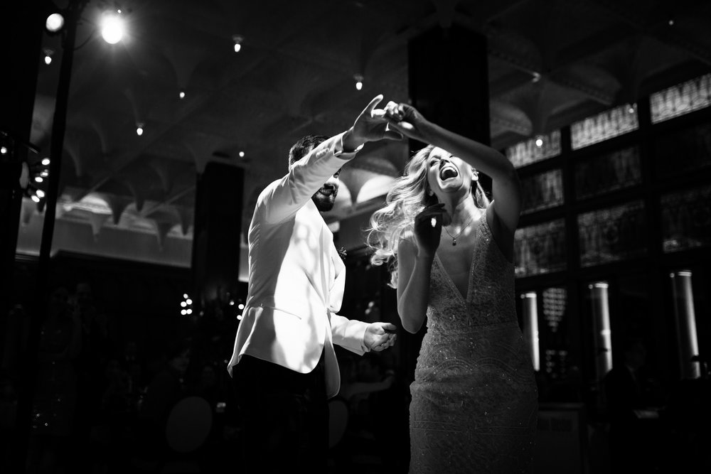 Documentary photography at Chicago Athletic Association wedding