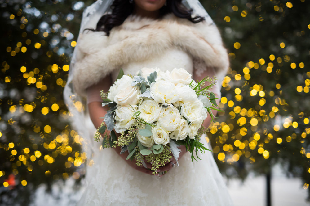 Chicago winter wedding bridal bouquet