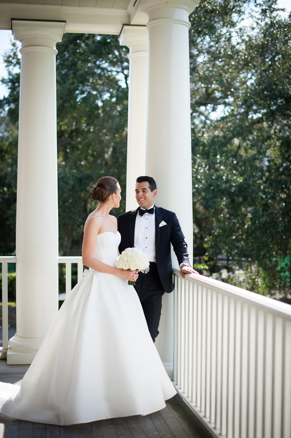 Portrait of bride and groom at Kiawah Island River Course wedding