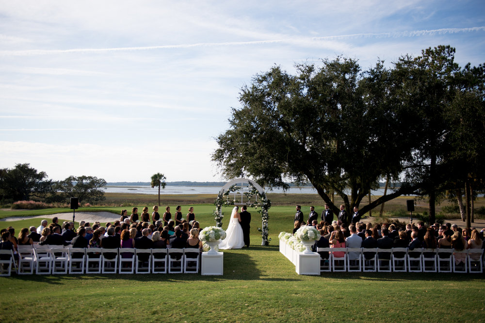 Classic Southern Wedding ceremony at Kiawah Island Golf Club River Course