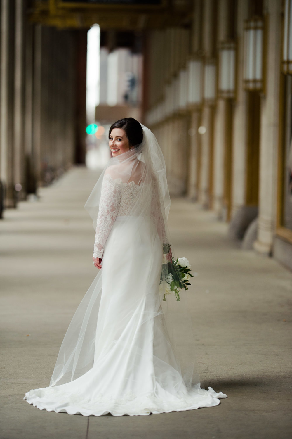 Classic bridal portrait in downtown Chicago Cafe Brauer