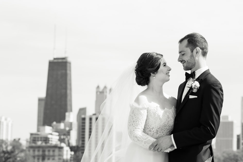 Bride and groom portrait Chicago skyline Lincoln Park Cafe Brauer