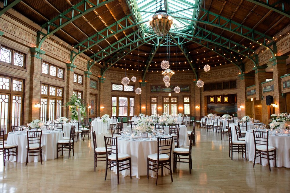 May Spring Wedding at Cafe Brauer