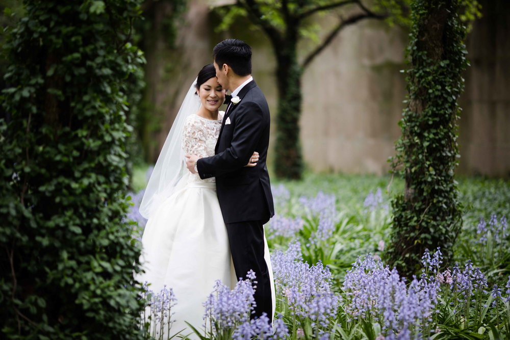 Garden wedding photos in Chicago