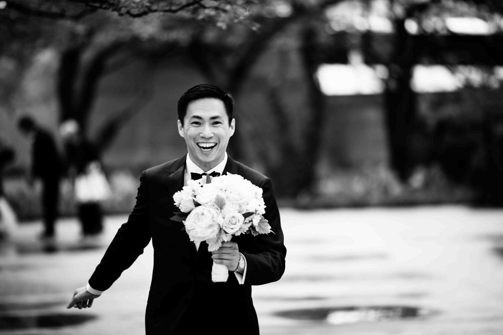 Groom at Art Institute of Chicago wedding.
