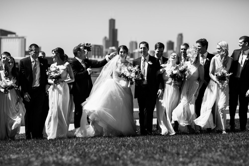 Wedding party with the Chicago skyline in the background.