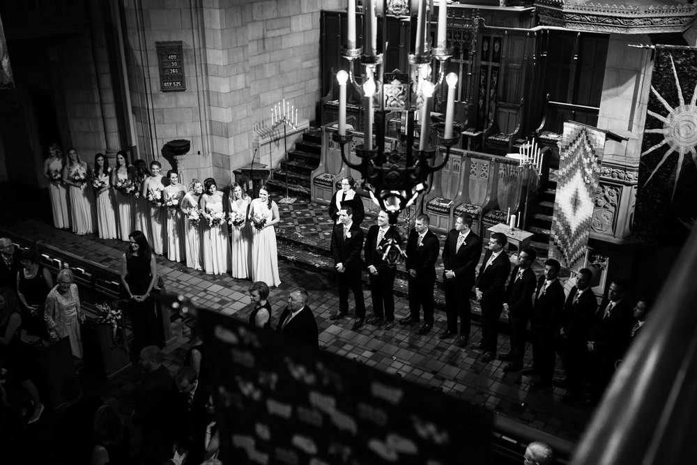 harold-washington-library-wedding-photos-20.jpg