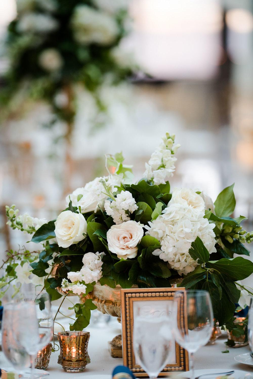 harold-washington-library-wedding-photos-35.jpg