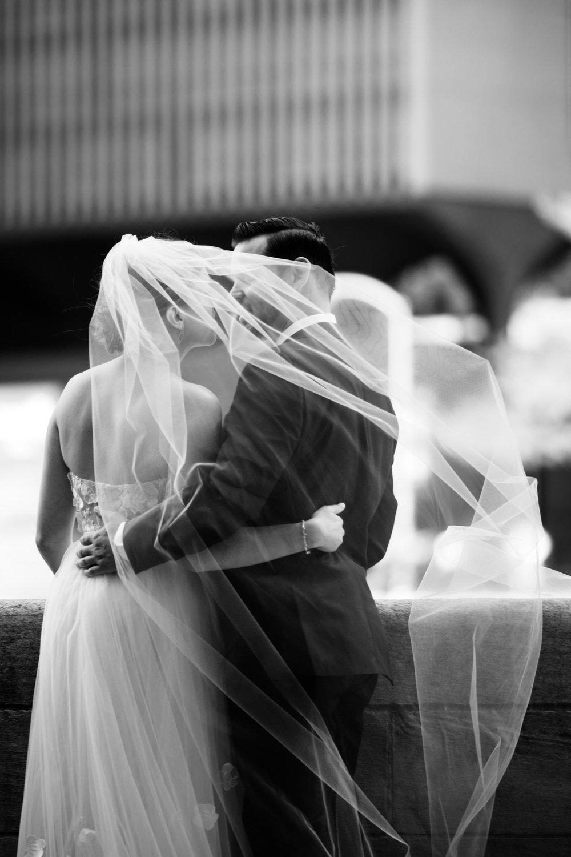chicago-illuminating-wedding-photos-7.jpg