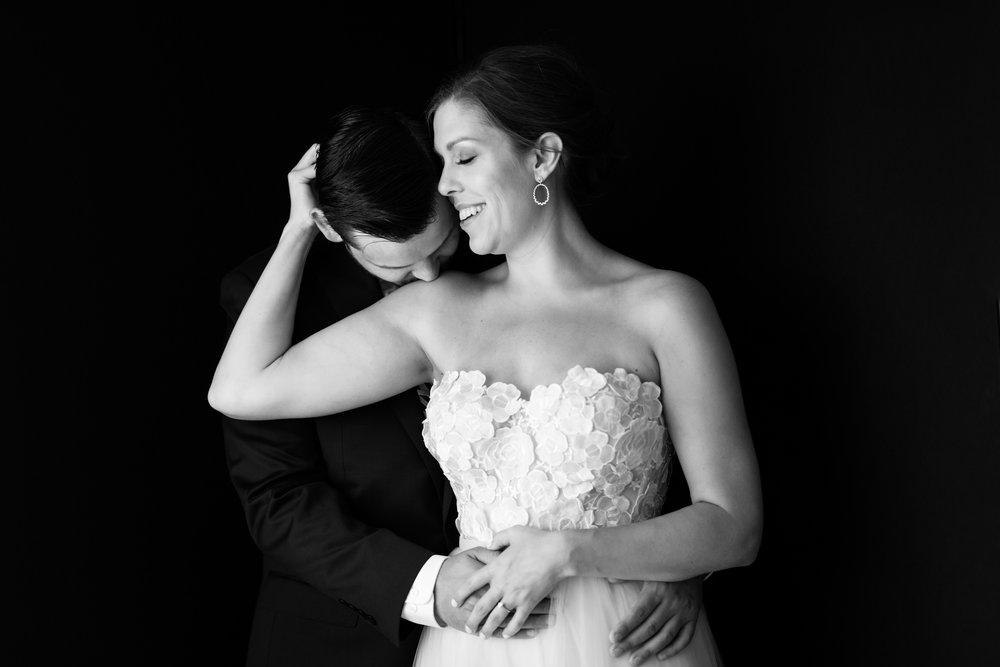 chicago-illuminating-wedding-photos-19.jpg