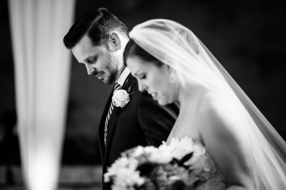 chicago-illuminating-wedding-photos-26.jpg