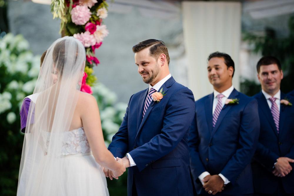 chicago-illuminating-wedding-photos-28.jpg