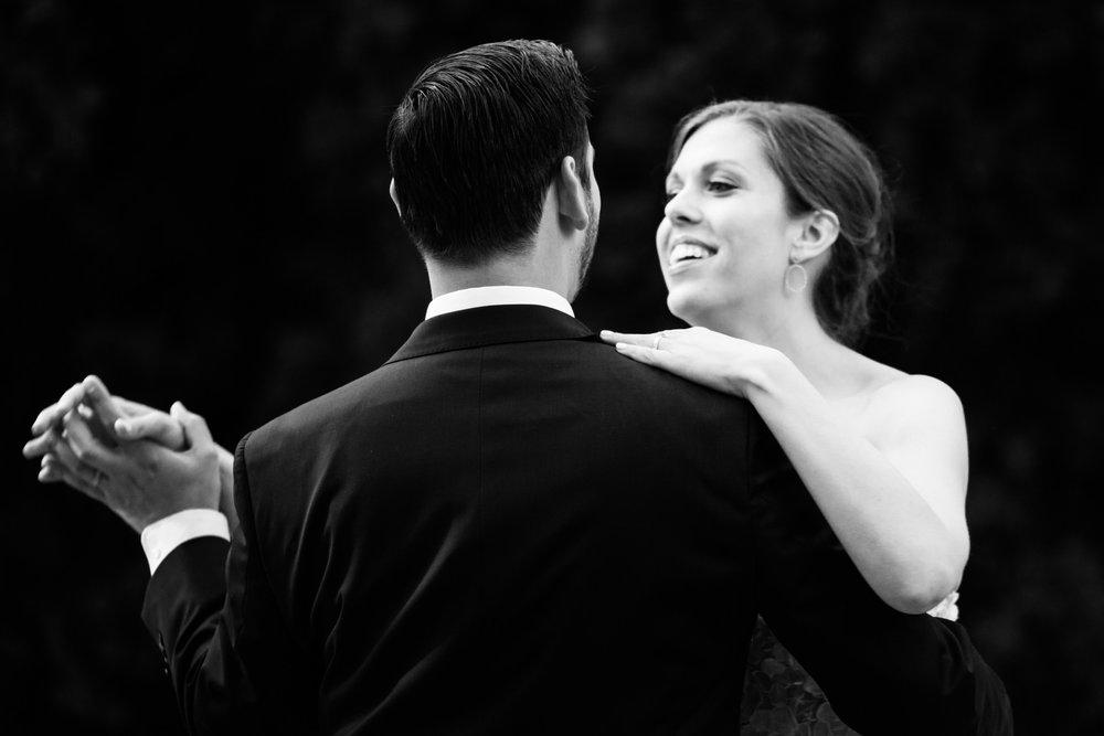 chicago-illuminating-wedding-photos-36.jpg