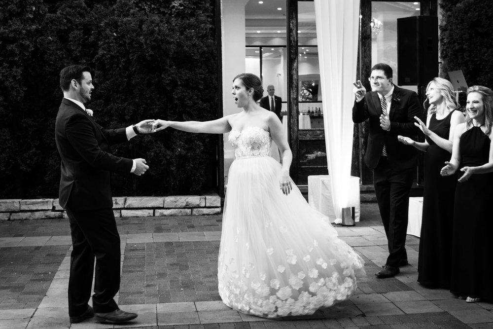 chicago-illuminating-wedding-photos-37.jpg