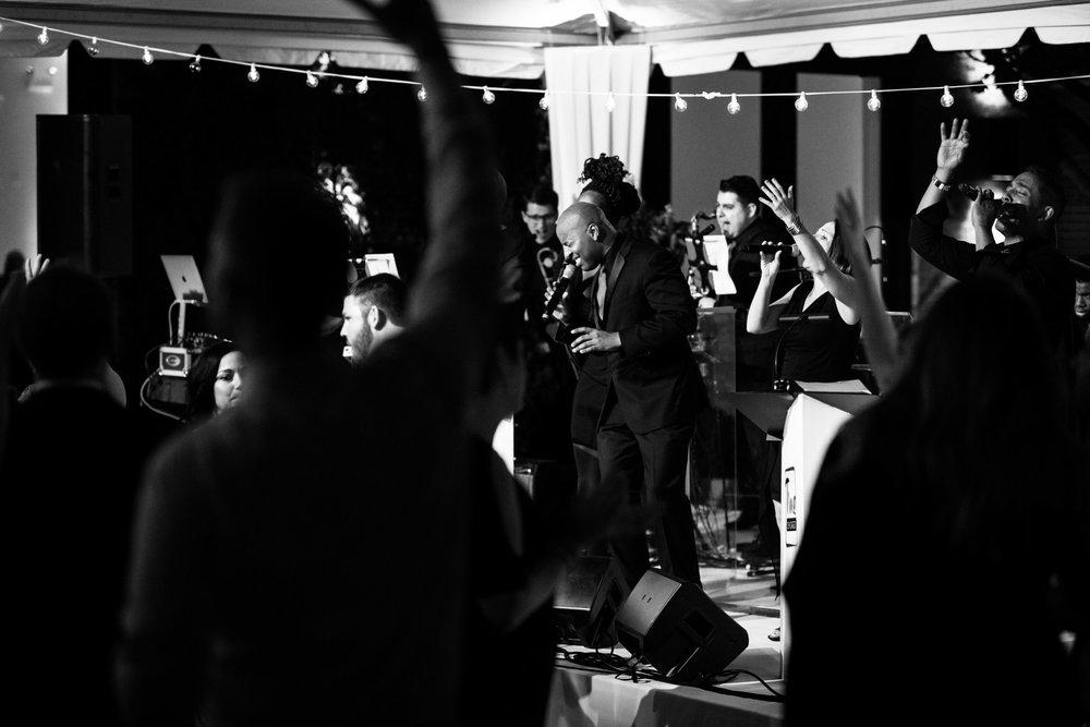 chicago-illuminating-wedding-photos-44.jpg