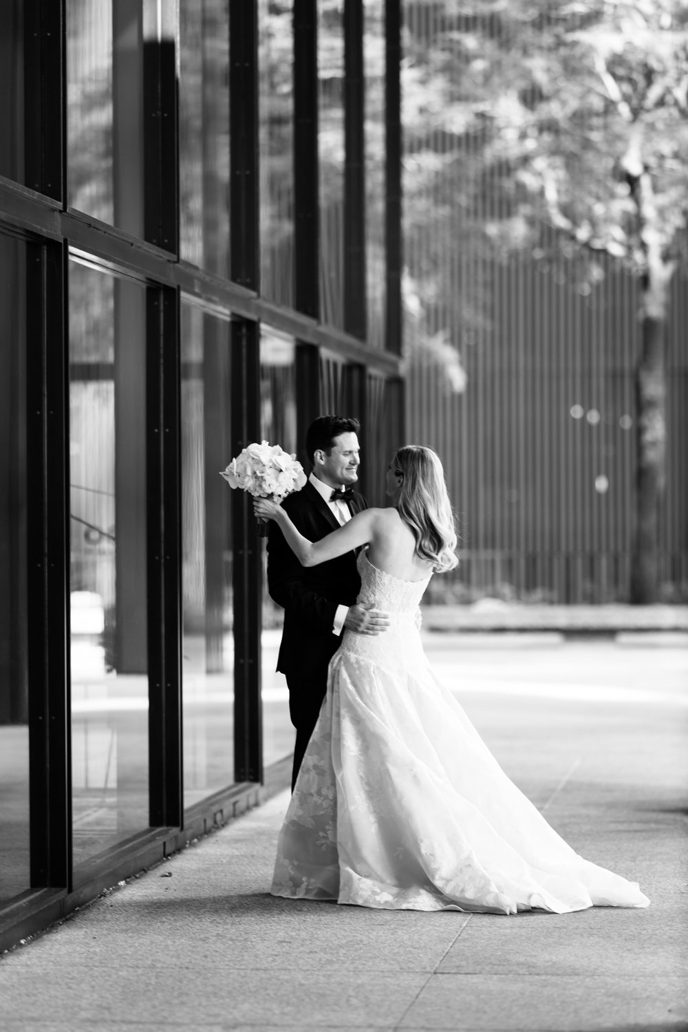chicago-illuminating-co-south-loop-wedding-11.jpg