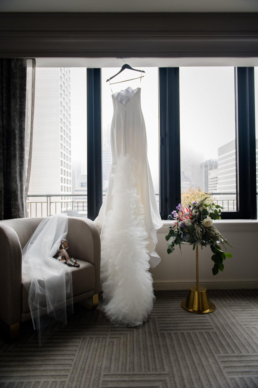 Elegant Modern Wing Wedding at the Art Institute of Chicago1.jpg