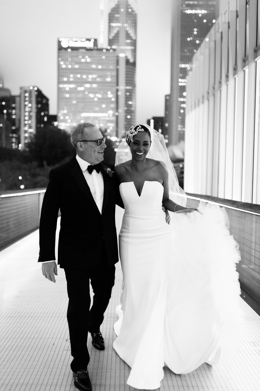 Elegant Modern Wing Wedding at the Art Institute of Chicago36.jpg