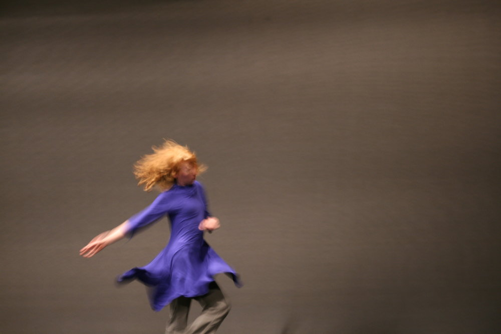 Sarah Wasik in Vortex by Emmanuelle Vo-Dinh. Photo by Micheline Lelièvre.JPG