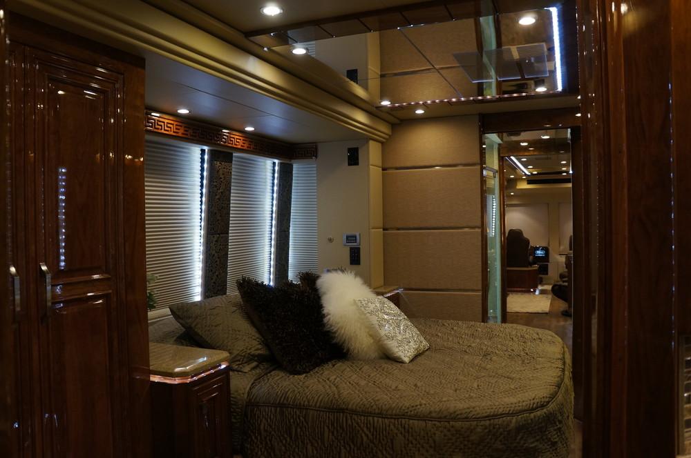 Emerald Coach 5379