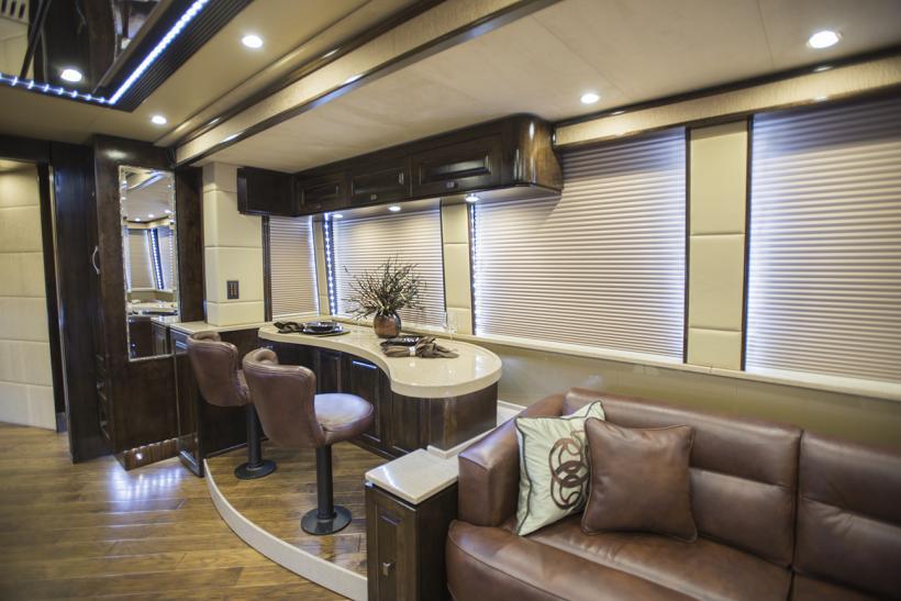 Emerald Coach 5324