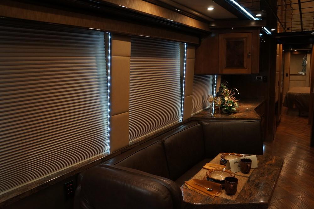 Emerald Coach 5299