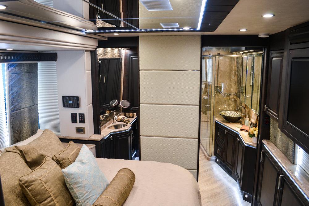 Emerald Coach 5490