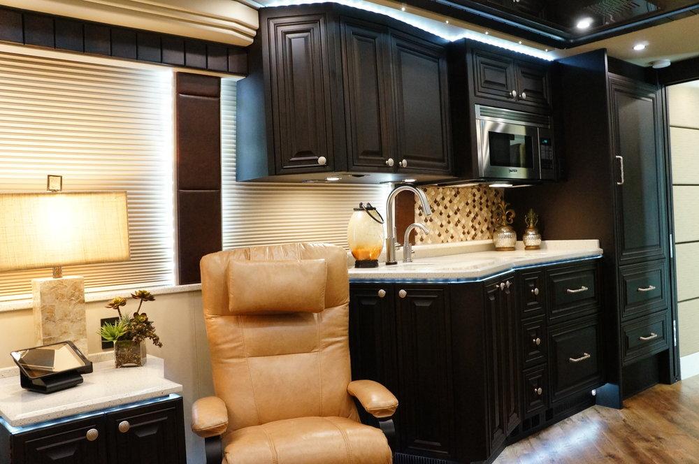 Emerald Coach 5389