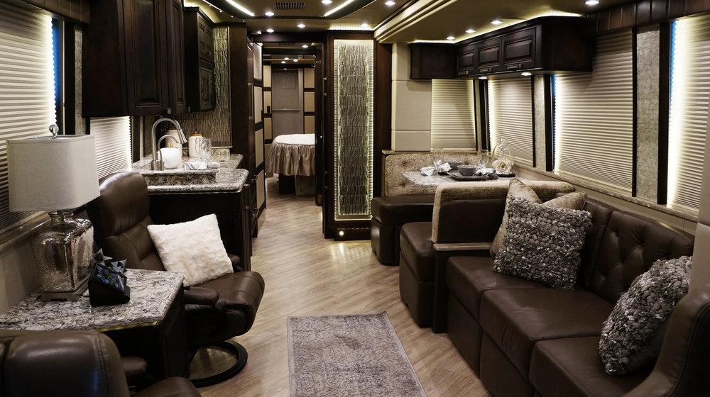 Emerald Coach 5915