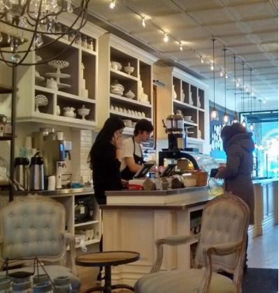 Ça vous dit, un café sur la rue Yonge?