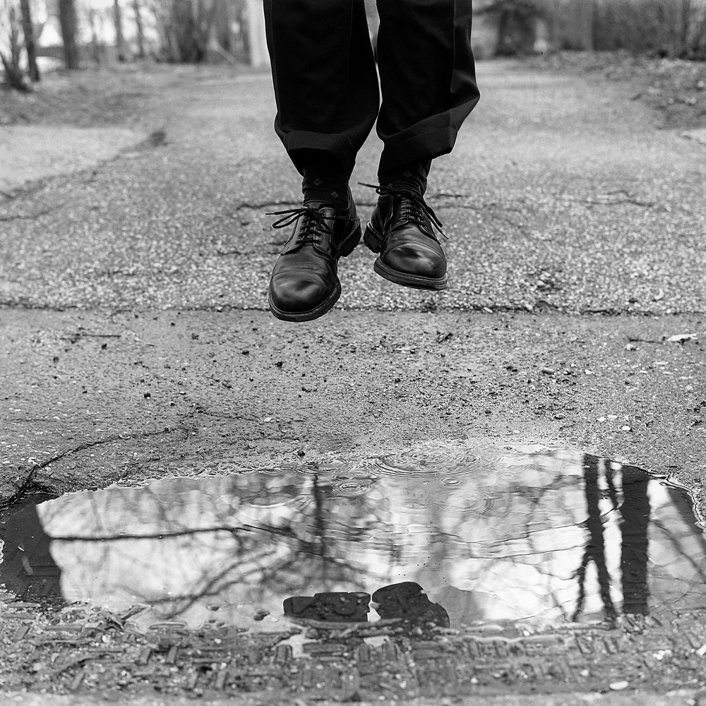 Feet, 2004, archival pigment print on paper