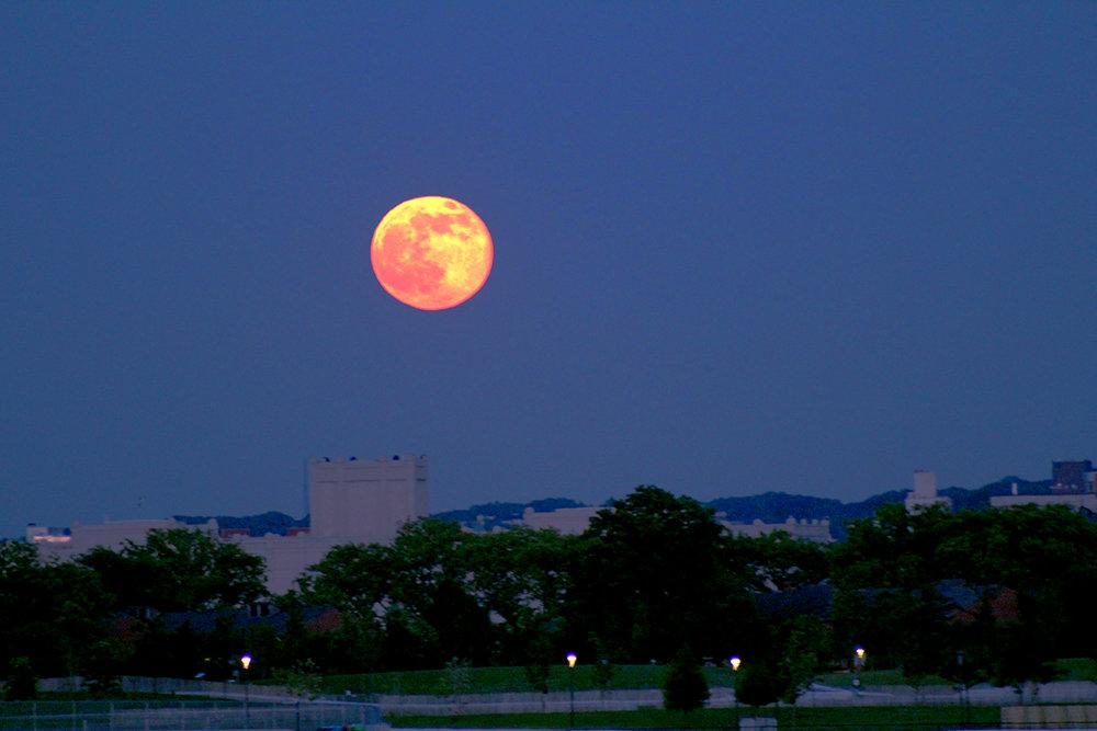 moon10 6-9-2017.jpg