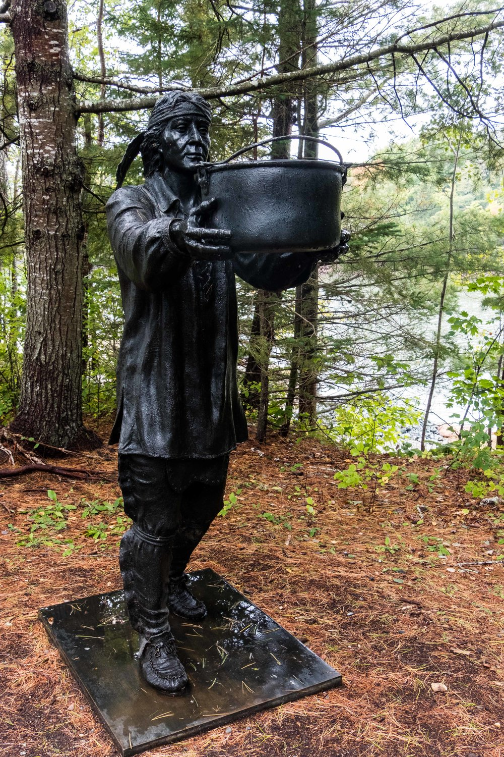 This statue shows a native bringing food that saved many of the men.