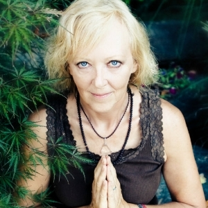 Jana KohoutkovaHealer and Teacher of Divine Healing Chanel Sun For Your Soul. -