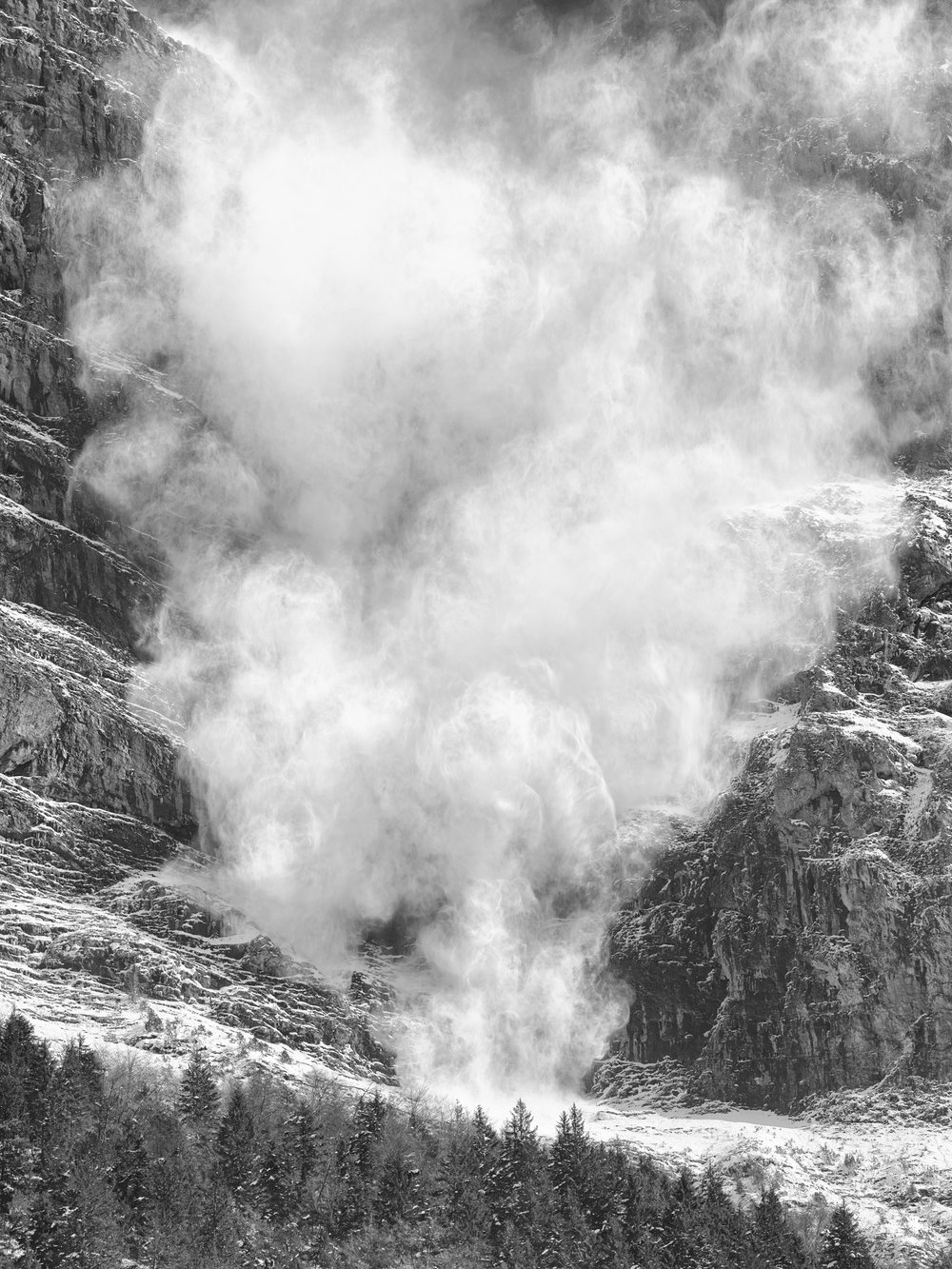 Avalanche, Bernese Alps