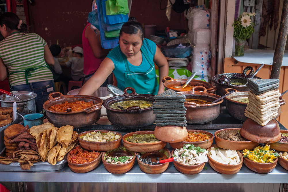 itacates-toppings-tepoztlan-market-mexico.jpg