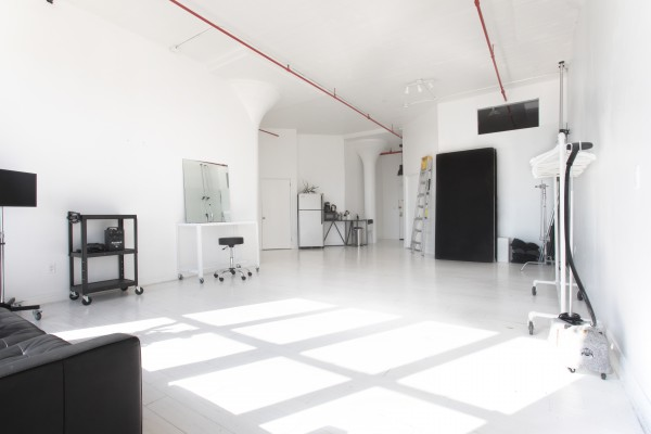 HOLYRAD STUDIO - Holyrad Studio is a 1300 square foot modern white box space available for creative productions and events. The airy open concept space is lofted 15 feet high and complete with floor to ceiling windows for unobstructed views of the gorgeous Brooklyn skyline. The east facing windows allow for ample sunlight to fill the space from dusk 'til dawn. The studio is fully equipped with the following amenities:-Kitchenette-Private Bathroom-High Speed WIFI-Hair and Makeup Station-Clothing Rack-Tethering Station-Autopoles-V Flats-Coffee-Elevator Location: 20 Grand Avenue, BrooklynInquiries: Studio@HolyRadStudio.com