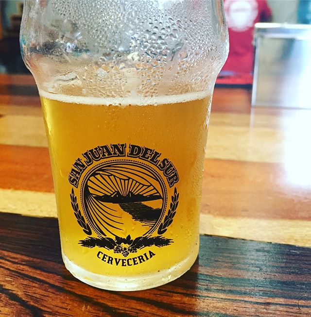 Sometimes a #beer is needed more than a #cocktail .. When in San Juan Del Sur, coming across a #craft #brewery called @sjds_cerveceria makes a #saison a necessity #travel #explore #drink #cocktailroadshow