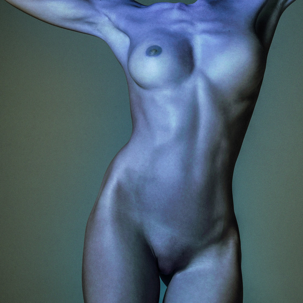 Folie-A-Plusieurs-Parfums_Sebastian_Henkel_Contribution_Enter_The_Void_perfume_1.jpg