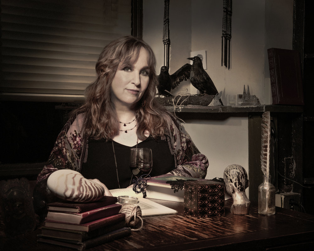 http://www.gretchenpeters.com/